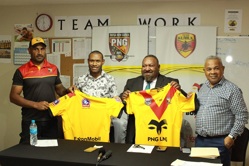 PNG LNG Kumuls Coach Michael Marum, Jeffery Yalokun Corporate Director National Gaming Control Board (Platinum Sponsor) and PNGRFL Chairman Sandis Tsaka with CEO Reatau Rau.