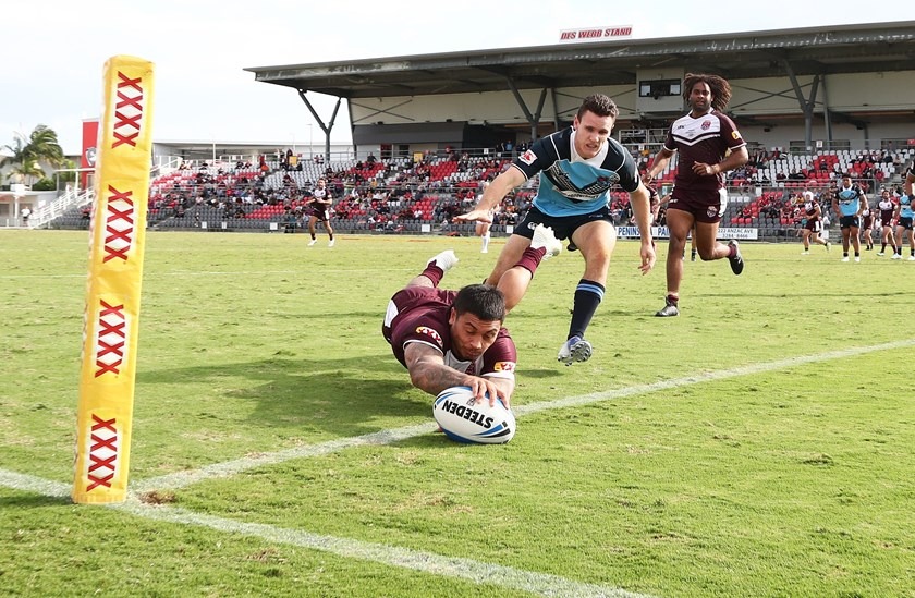 Delouise Hoeter scores one of his three tries for the day. Photo: QRL Media / Jason O'Brien