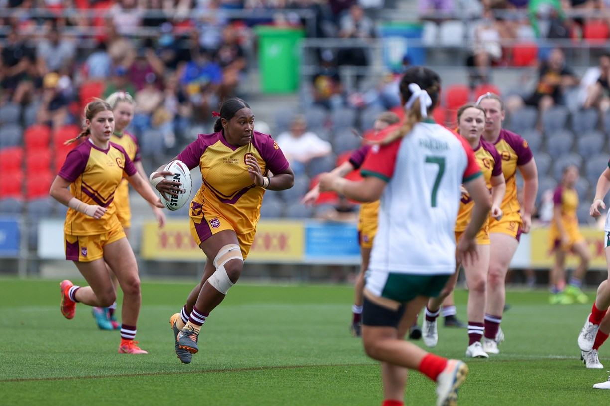 QRL's City v Country U17 Girls - Girls unleash during fierce City v Country Under 17's clash (Photo's : QRL)