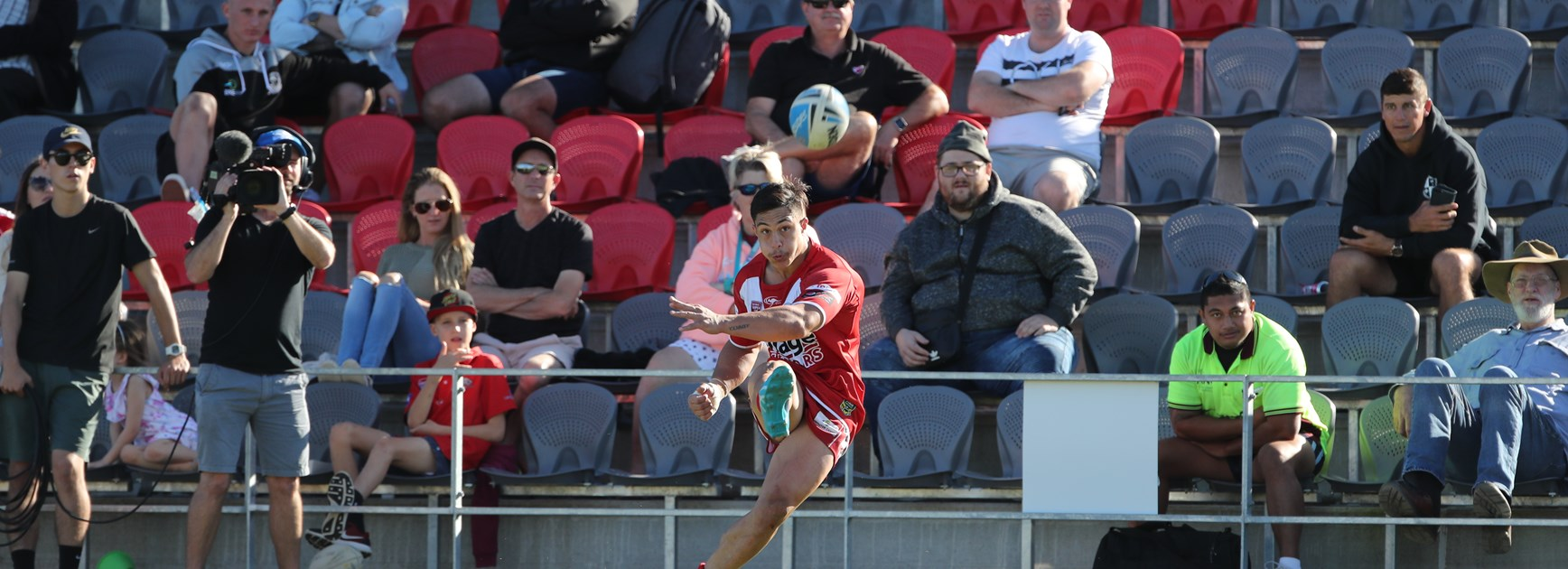 Dolphins firm for top spot in ladder jostle