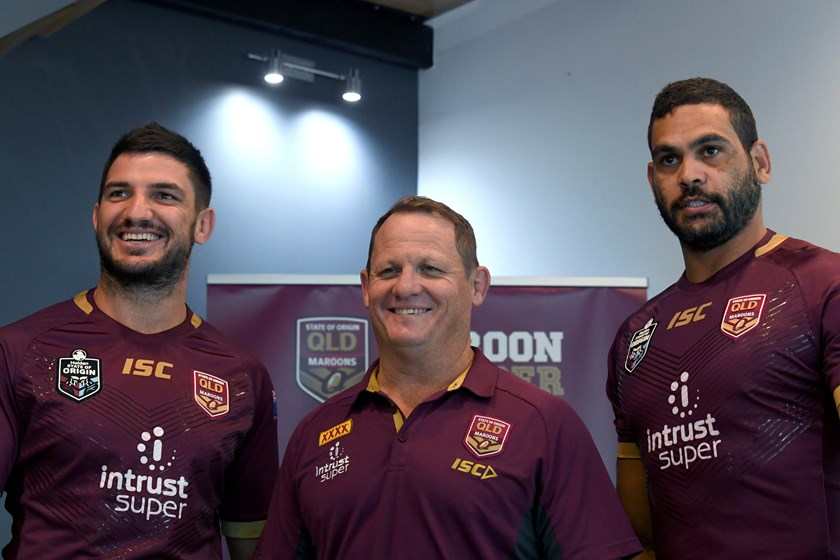 Matt Gillett, Kevin Walters and Greg Inglis. Photo: NRL Images