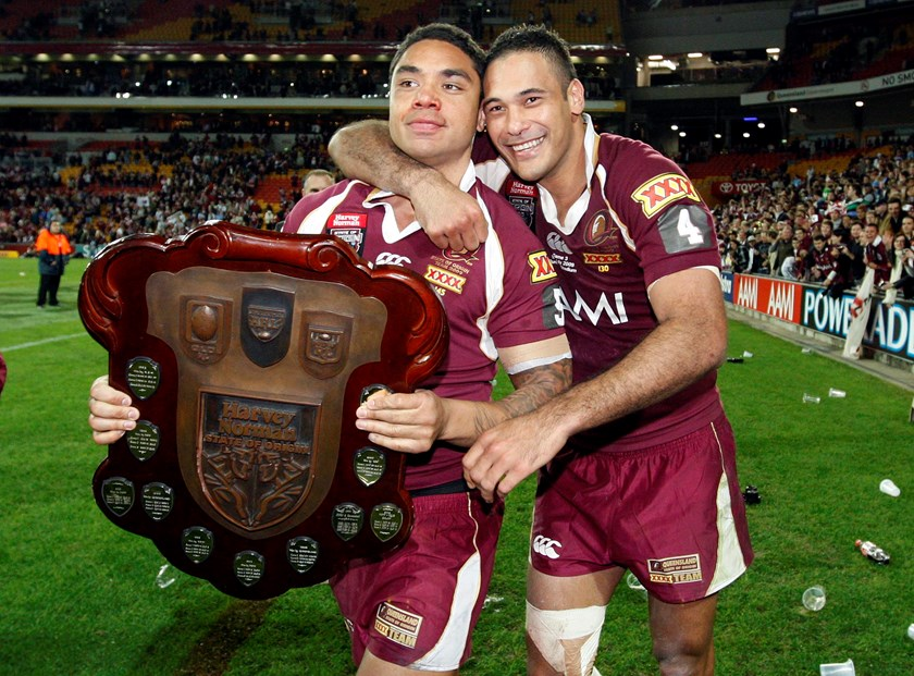 Willie Tonga and Justin Hodges share some smiles.