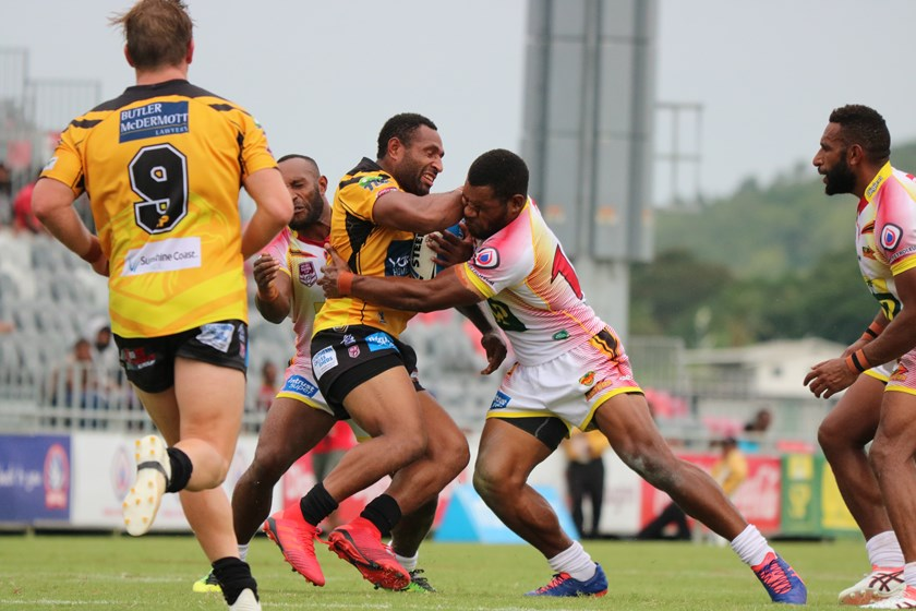 Justin Olam of the Falcons up against his former PNG Hunters team mates. Photo: PNG Hunters Media