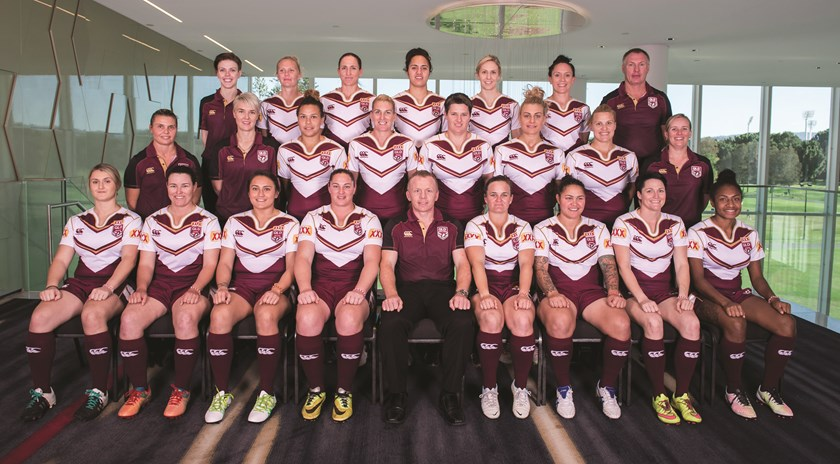 Chelsea Baker and the 2016 Queensland team. Photo: QRL Media