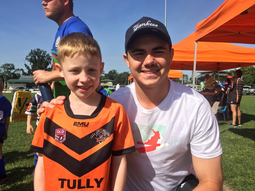 Jake Clifford with a Tully Tigers junior player. Photo: Tully Tigers Junior Rugby League