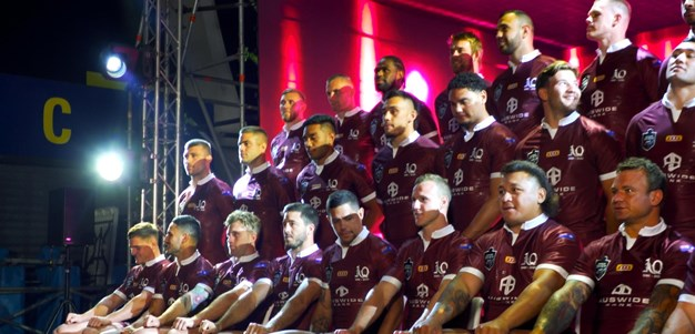 Behind the scenes of the Maroons squad photo